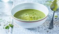 緑の野菜のポタージュ(ブロッコリー、インゲン、ほうれん草)