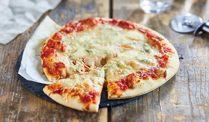 BIO 3種類のチーズのピッツァ