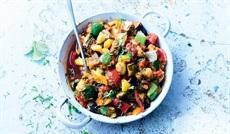 グリル野菜のタジン風(ナス、ズッキーニ、赤パプリカ、黄パプリカ、玉ネギ、トマト)