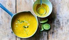 滑らかな人参のスープ(タイ仕立て)