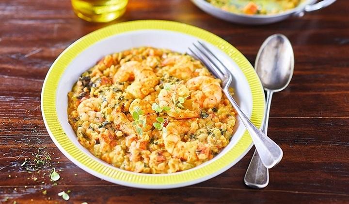 小エビとレンズ豆、野菜のインド風カレー