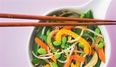 中華野菜ミックス(スナップエンドウ、人参、もやし、枝豆、黄色パプリカ、玉ネギ)