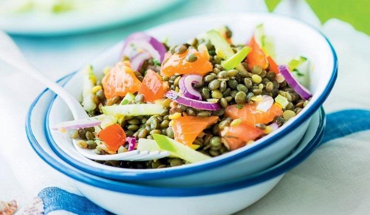 レンズ豆とスモークサーモンのサラダ
