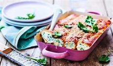 リコッタチーズとほうれん草のカネロニ、トマトソース