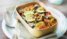 夏野菜のグラタン(トマト、ズッキーニ、玉ネギ、パプリカ、ナス)