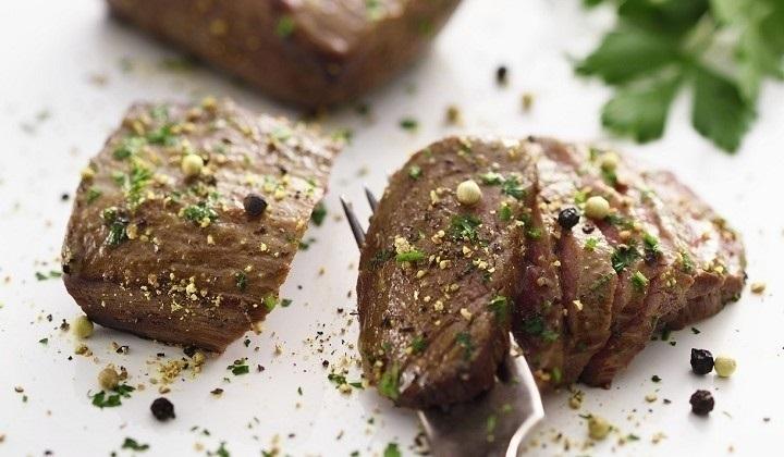 牛肉のマリネ 胡椒風味