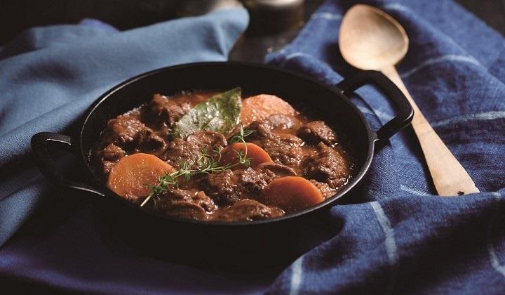 牛肉の赤ワイン煮込み(420g)