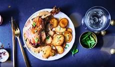 鴨肉のコンフィとジャガイモのサラデーズ