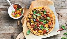 四季のBIO野菜のピッツァ (ナス、ズッキーニ、赤パプリカ、黄パプリカ、アーティチョーク)