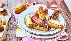 食いしん坊のミニエクレア (ピスタチオ、フランボアーズ、チョコレート、レモンメレンゲ)