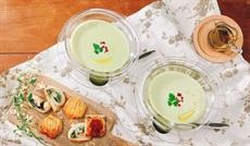 グリーンアスパラガスの冷製スープ