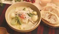 野菜と鶏肉のスープ 白味噌仕立て