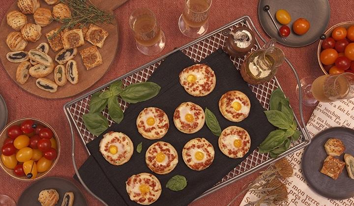 ウズラの卵とチョリソーのミニピッツァ
